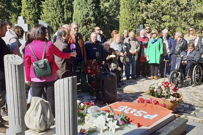 El PSOE  homenajea un año más a quienes dieron su vida por la libertad y la democracia